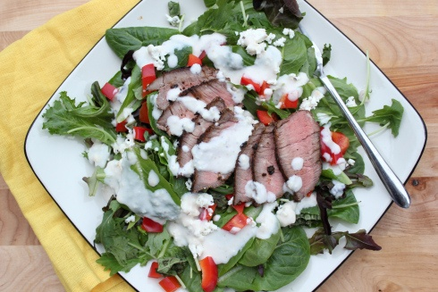 steakhouse salad with goat cheese and horseradish vinagarette