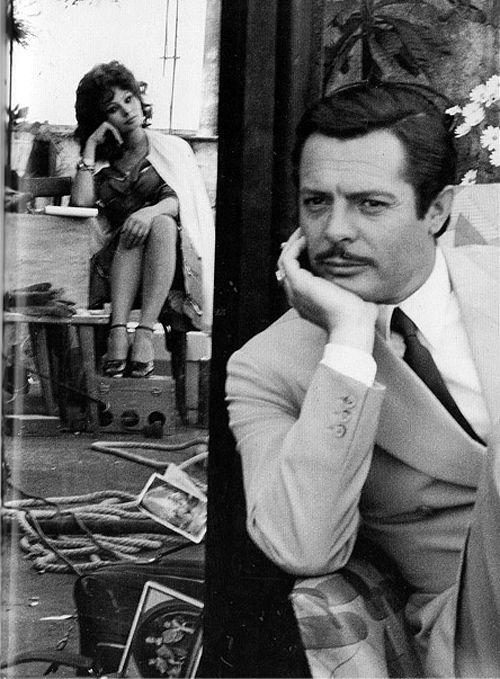 Marcello Mastroianni & Sophia Loren on the set of Matrimonio all'italiana