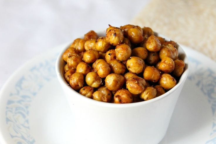 You can never have enough roasted chickpea recipes. #roastedchickpeas