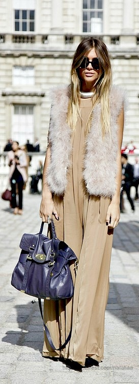Street style - Mulberry Alexa bag I want the fur vest so badly xxxbureauofjewels/etsy and facebook