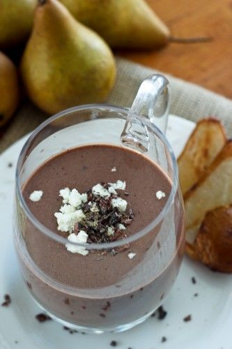 Caramelized Pear, Chocolate and… Goat Cheese Smoothie