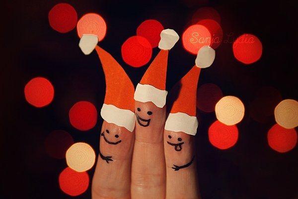 Santa fingers