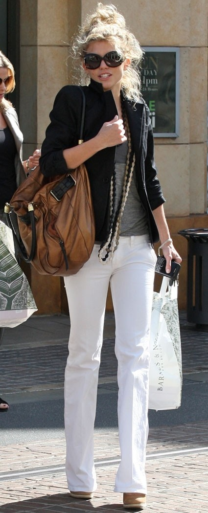 White jeans, Nude pumps, BIG leather bag, black blazer, skinny scarf...CUTE everyday outfit!