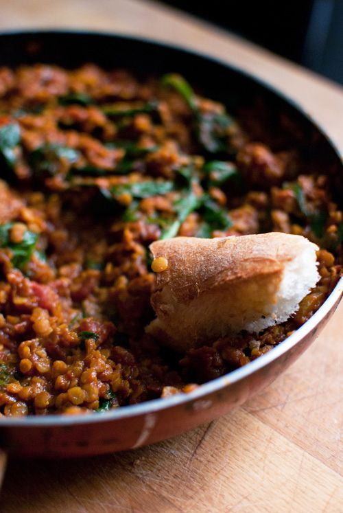 Dine & Dash: red lentil curry with spinach