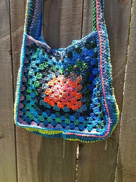 Granny Square Tote Bag : Solar Flare Granny Square Tote pattern by Ana Clerc