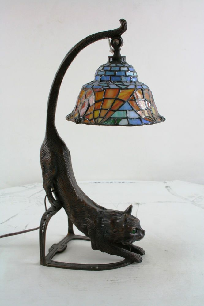 bronze tiffany style cat lamp with bat shade. Black Bedroom Furniture Sets. Home Design Ideas