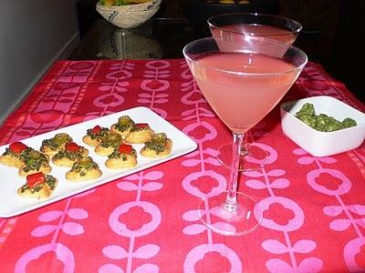 POMEGRANATE COSMOPOLITANS | Cocktails & Dreams | Pinterest