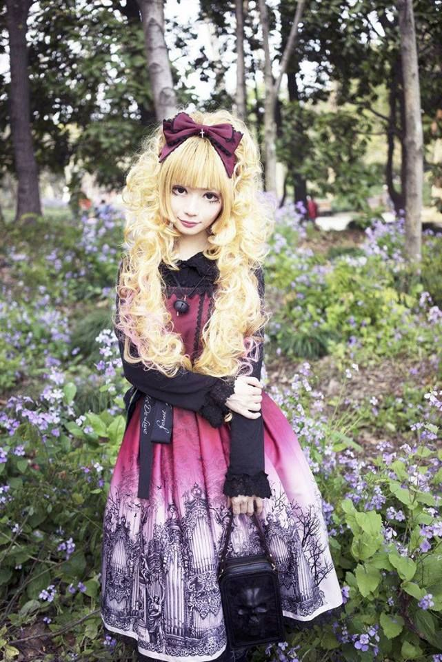 Lolita Outfits