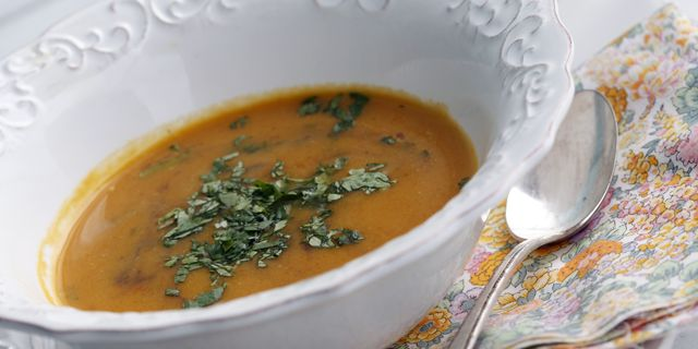 Butternut Squash Black Bean Soup! In the fall, preparing recipes with ...