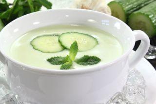 Low Calorie Soup: Cucumber-Buttermilk Cold Soup   Nom Nom   Pinterest