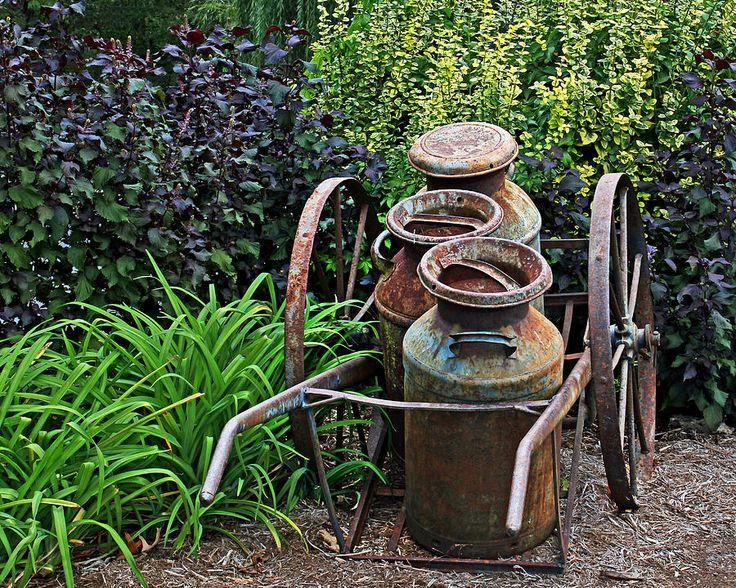 Rustic Yard Art Recycled Yard Garden Art Pinterest