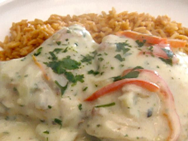 Chicken Fricassee with Tomato Basil Pilaf Recipe : Robert Irvine ...