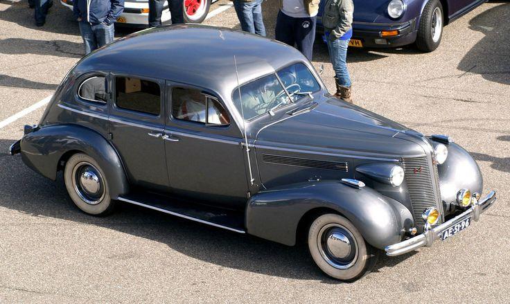 1937 buick super 4 door sedan 2 buick pinterest for 1937 buick special 2 door