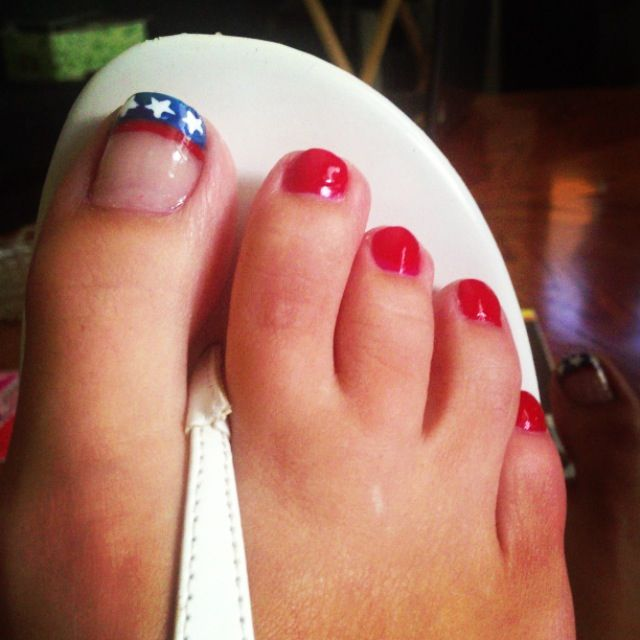 4th july toe nail art designs