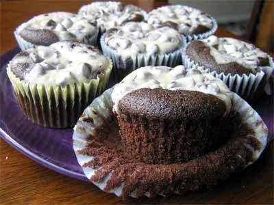Gluten Free Black Bottom Cupcakes | (Cupcakes) Gluten Free, Dairy Fre ...