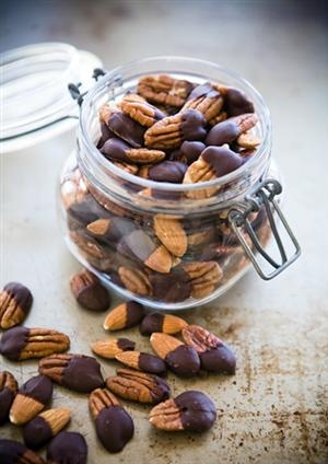 Recipe: Chocolate Dipped Nuts | yummy! | Pinterest