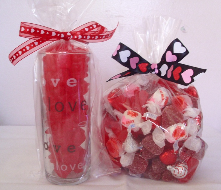 valentine's day cinnamon roll hearts