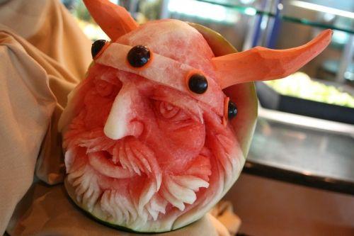Viking melon for family reunion
