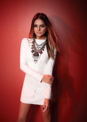 Vestido Couro Branco Trendy - roupas-vestidos-vestido-couro-branco-trendy Iorane