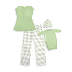 i play.® Mommy & Me Pajamas - Green - Large/Extra Large