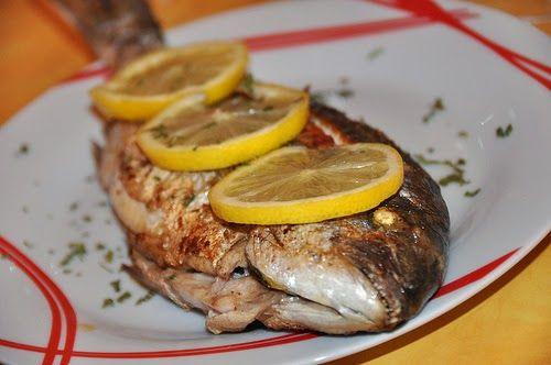 Recette de dorade au four champignons et vin blanc - Cuisiner poisson blanc ...