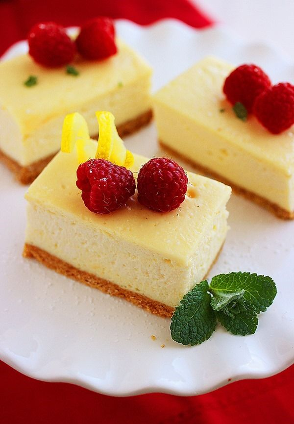 Loving these Lemon Cheesecake Bars for Christmas dessert, beautifully ...
