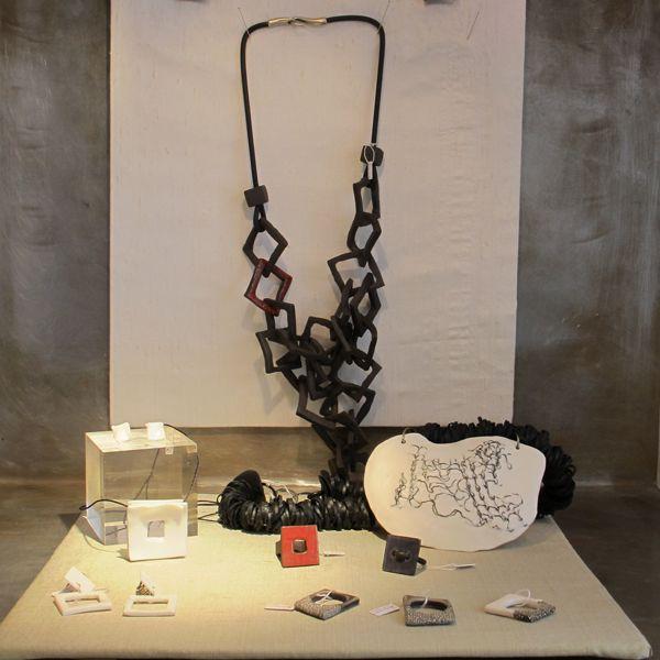 Bijoux & objets de créateurs · Maison Chéret - bijoux Violaine Ulmer