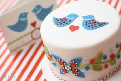 adorable Scandinavian-themed cake!