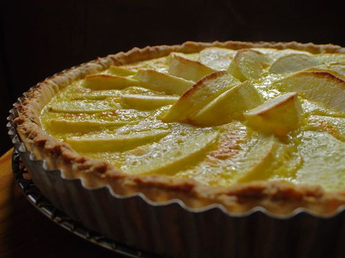 Apple Custard Tart | yum with no thought to consequences! | Pinterest