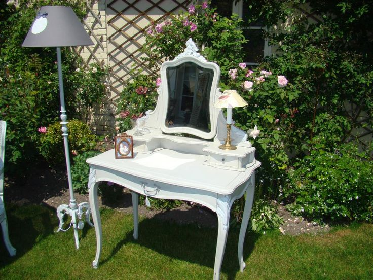 Meuble relooké  Coiffeuse Louis XV Rocaille, Coiffeuses, tables de