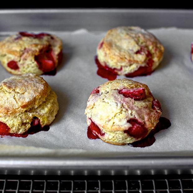 Strawberries And Cream Biscuits | Fresh Summer Desserts | Pinterest