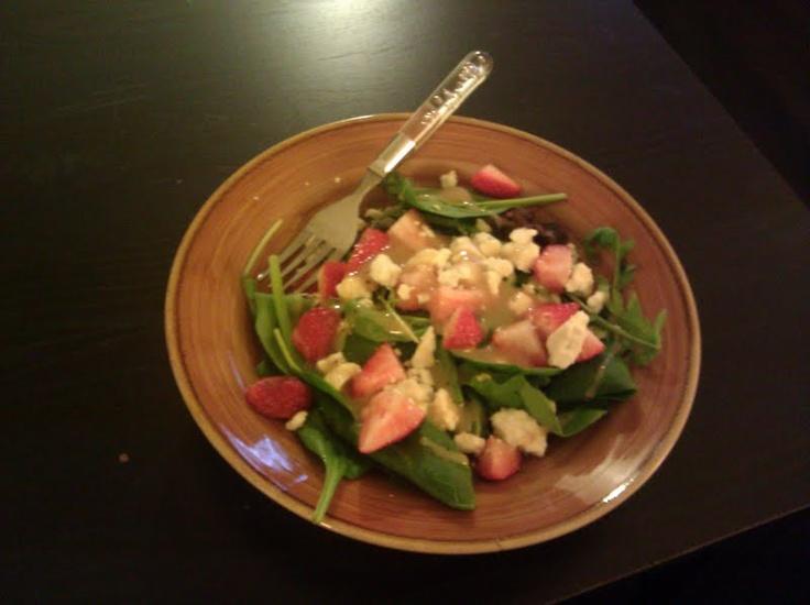 ... , strawberries, feta, and pear or raspberry vinnegarette dressing