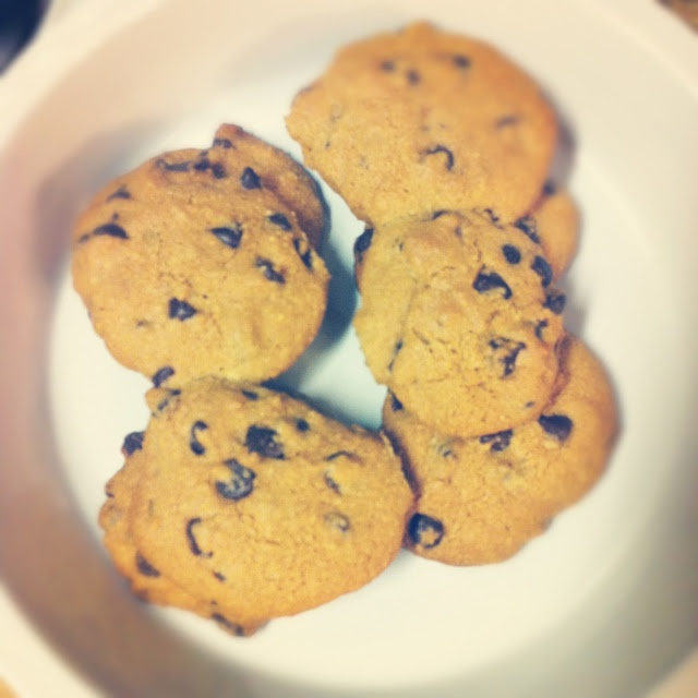 paleo chocolate chip cookies | baked goods | Pinterest