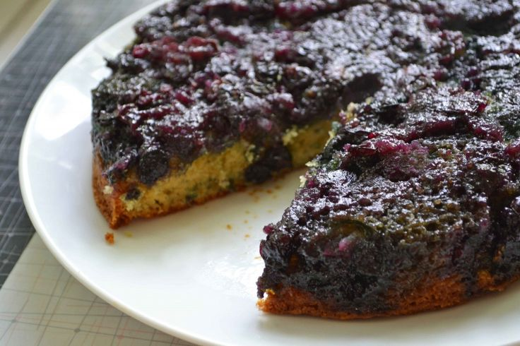 Maple Blueberry Upside Down Buttermilk Cake: I have so been craving a ...