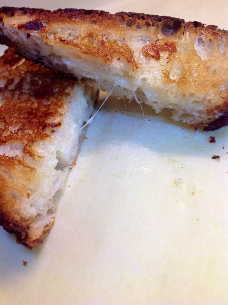 Roasted Garlic Grilled Cheese | Recipes | Pinterest