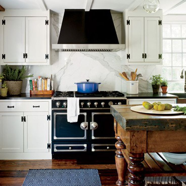Black hardware on white cabinet kitchens pinterest - La cornue kitchen designs ...