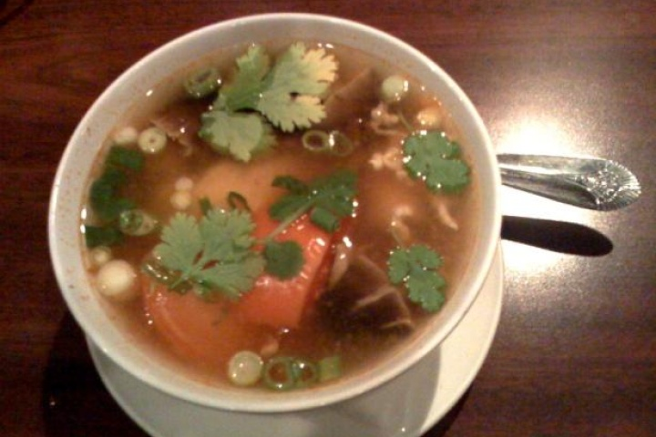 Thai hot and sour soup | recipes | Pinterest