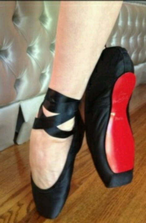 black pointe shoes ballet