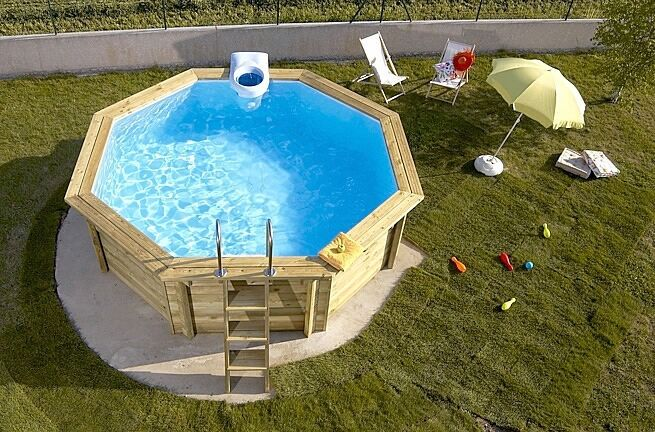 Wood surrounding above ground pool above ground pools or for Pompe a chaleur piscine 25m3