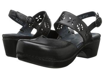Dansko Trista in Black Nursing Shoes