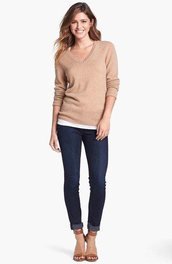 Halogen® V-Neck Cashmere Sweater (Regular Petite) | Nordstrom