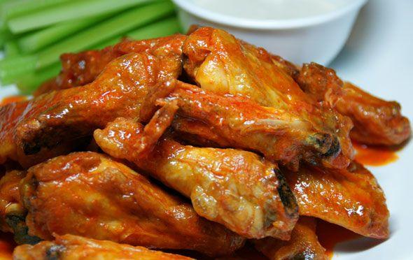 Easy Buffalo Wings | Mmm food | Pinterest