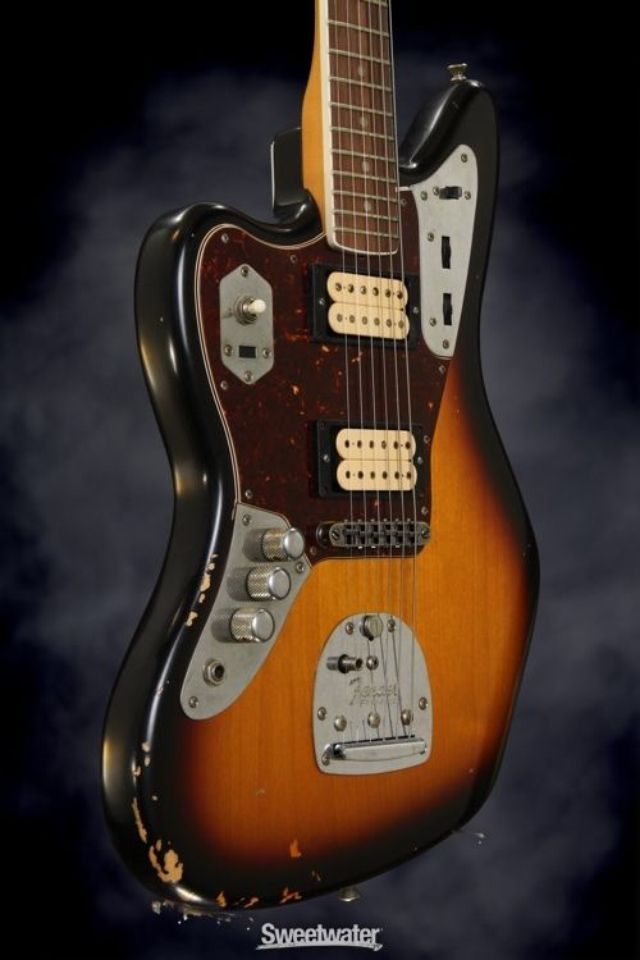 kurt cobain fender jaguar guitars pinterest. Black Bedroom Furniture Sets. Home Design Ideas