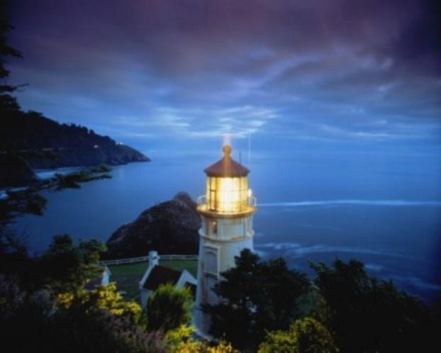 Jesus Walks On Water Wallpaper Heceta Head Lighthouse...
