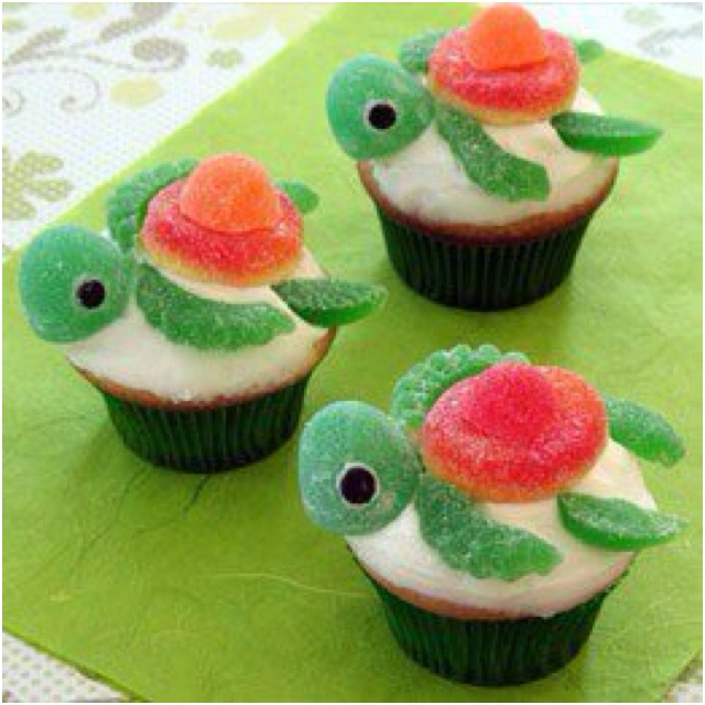 Turtle cupcakes! Adorable! | Stuff I love for the little guy | Pinter ...