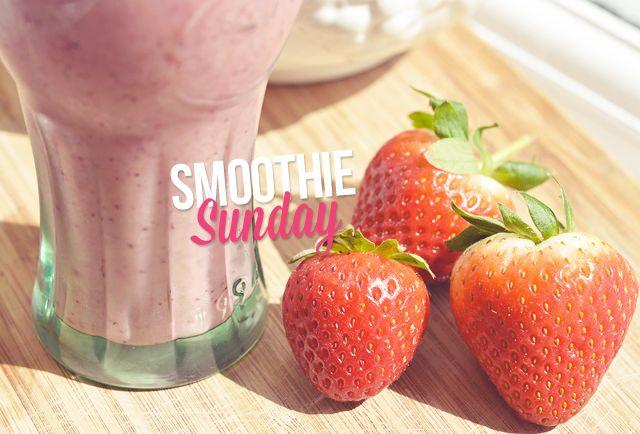 ... Beauty & lifestyle blog: recipe berry pineapple avocado almond milk