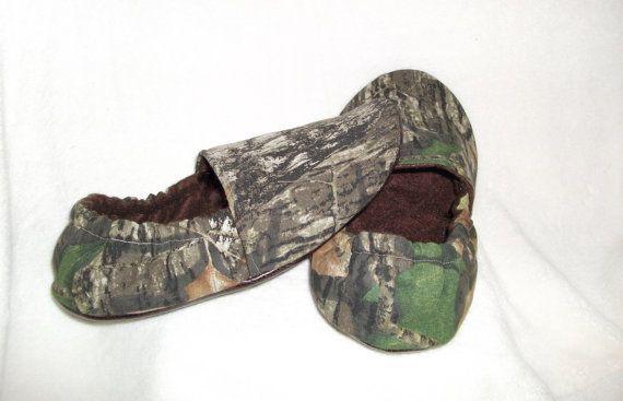 Adult Mens Womens Mossy Oak Break Up Camo Slippers