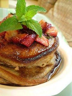 Vegan Fresh Strawberry-Mint Pancakes with Vegan Balsamic-Maple Sryup ...