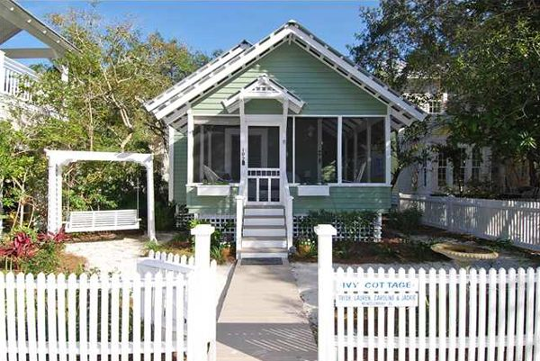 Seaside beach cottage pinterest for Beach front cottage