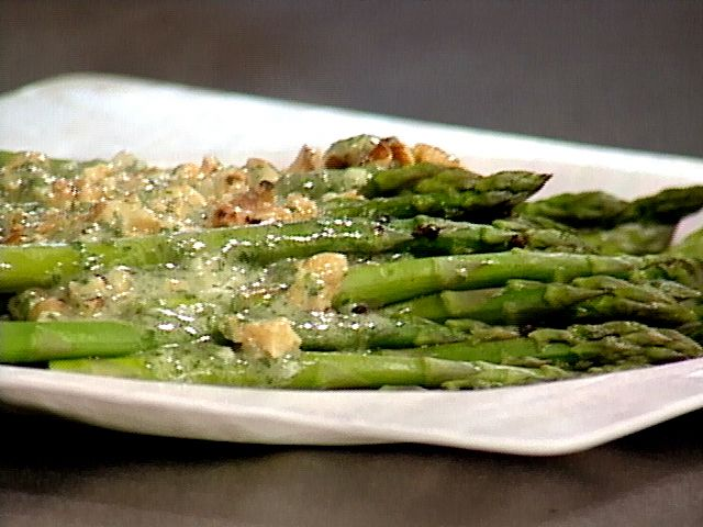 Asparagus Salad with Walnut Oil Vinaigrette from FoodNetwork.com